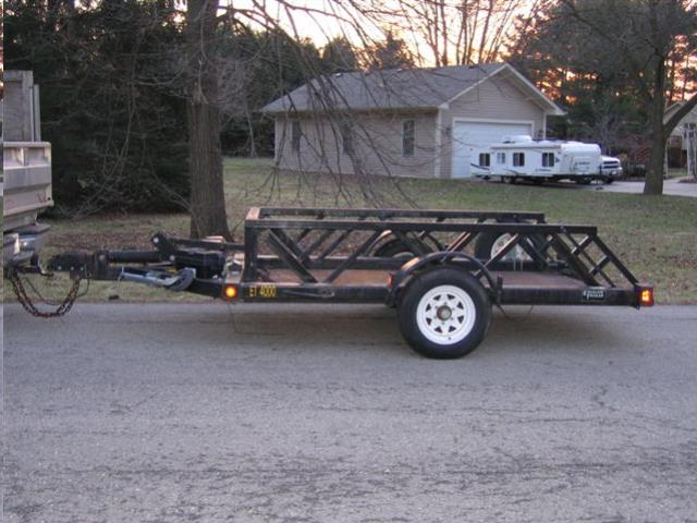 Where to find TRAILER 4000  SINGLE AXLE DROP DECK in Reading