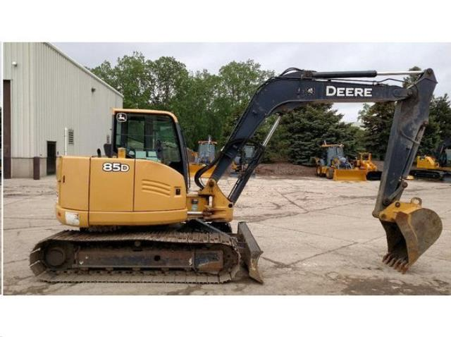 Where to find EXCAVATOR, JOHN DEERE 85D in Reading